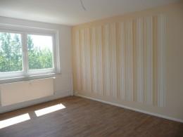 Küche mit Fenster und großer Abstellraum!