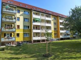 Ruhige Lage - Balkon - praktischer Grundriss!
