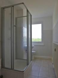 Herrlich - Badezimmer mit Dusche!!!